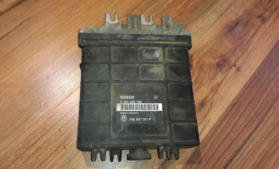 Variklio kompiuteris 0261200760  Volkswagen GOLF 1986 1.8