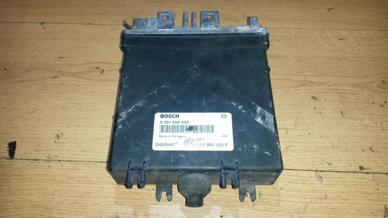 Variklio kompiuteris 023906022f 0261200334 Volkswagen TRANSPORTER 1994 1.9
