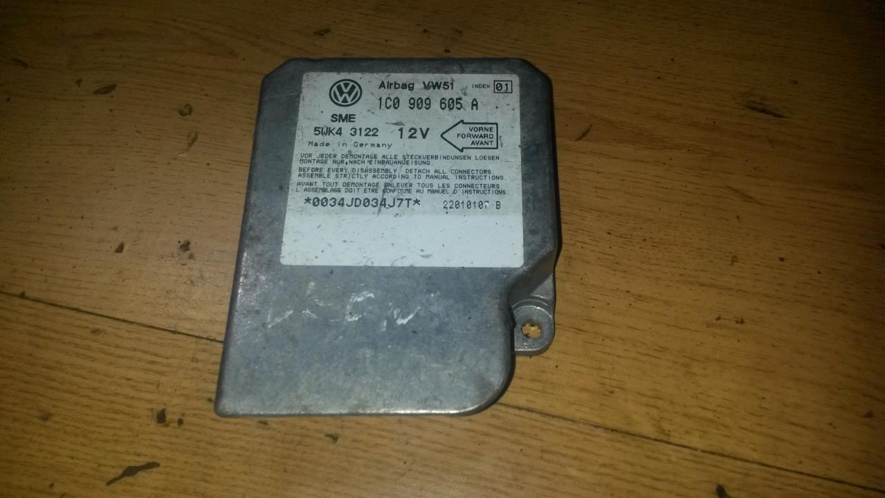 Airbag crash sensors module 1C0909605a 5wk43122 Volkswagen GOLF 2007 1.9