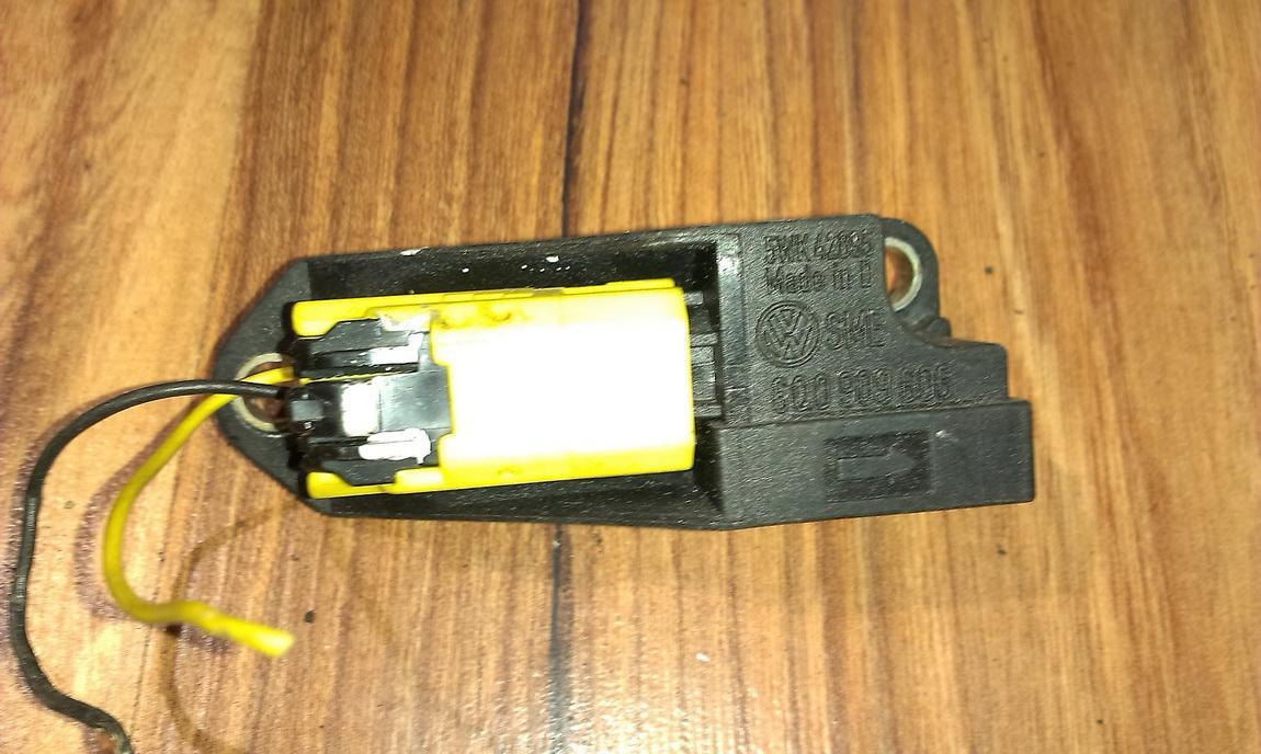 Srs Airbag crash sensor 6q0909606  Volkswagen GOLF 2006 1.6