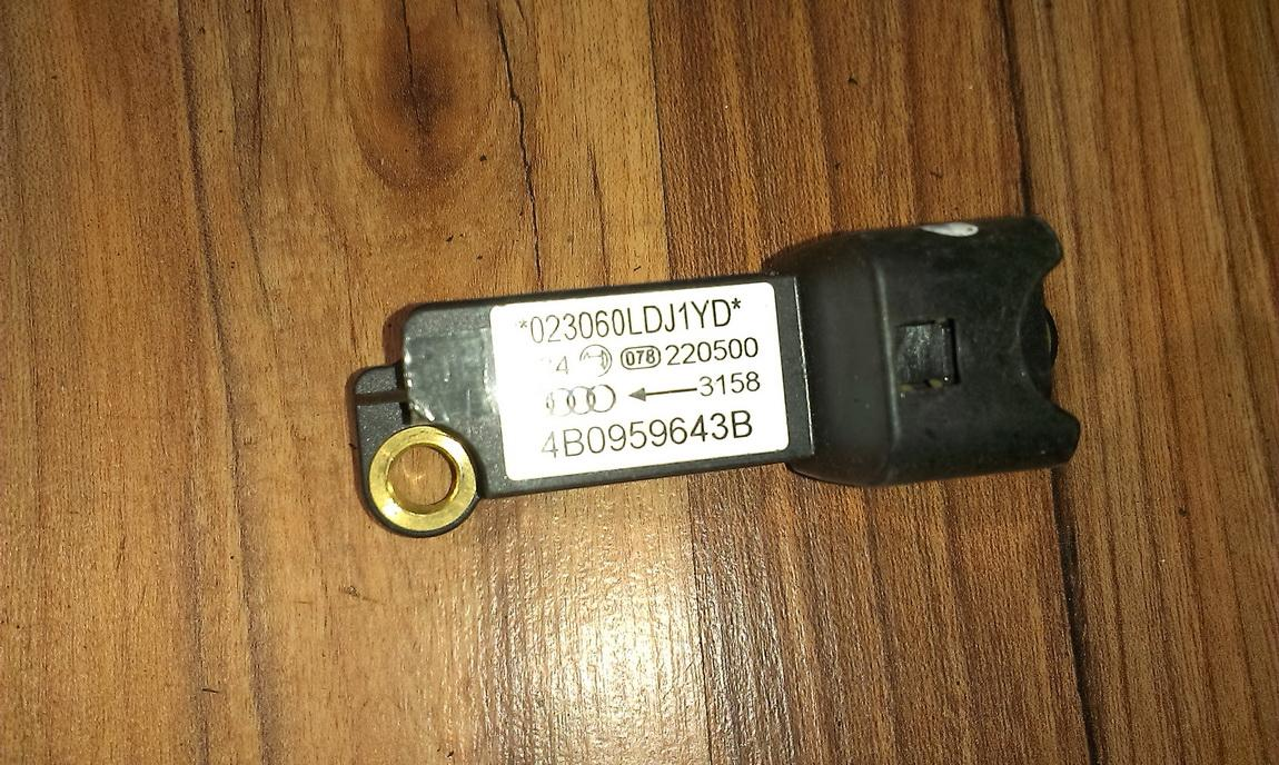 Srs Airbag daviklis 4b0959643b  Audi A6 2001 2.5