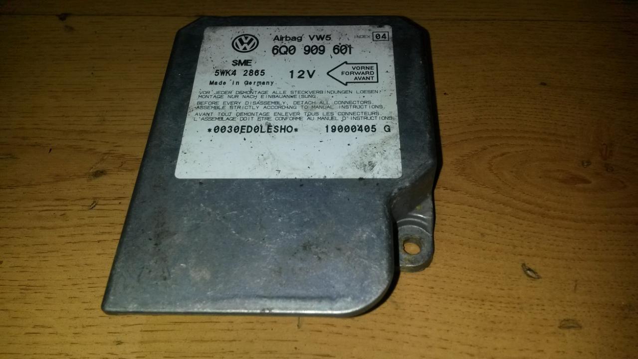 Airbag crash sensors module 6Q0909601 5WK42865 Volkswagen LUPO 1999 1.7