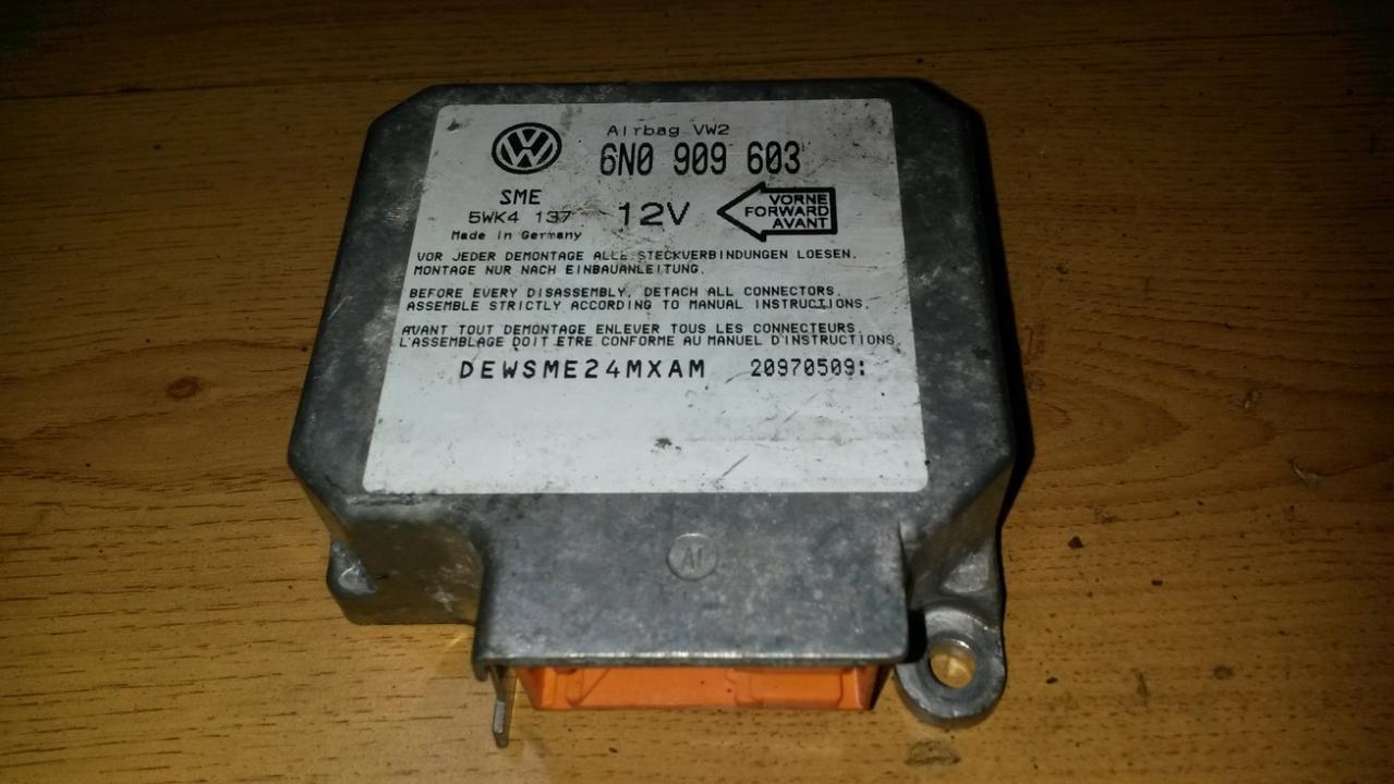 SRS AIRBAG KOMPIUTERIS - ORO PAGALVIU VALDYMO BLOKAS 6N0909603 5WK4137 Volkswagen GOLF 1998 1.9