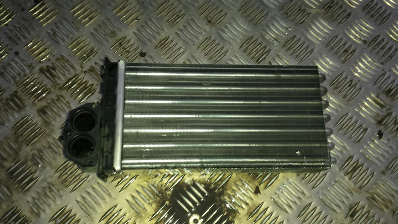 Salono peciuko radiatorius NENUSTATYTA  Citroen XSARA PICASSO 2000 2.0