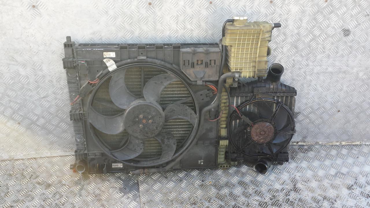 Радиатор NENUSTATYTA  Mercedes-Benz VITO 2005 2.2