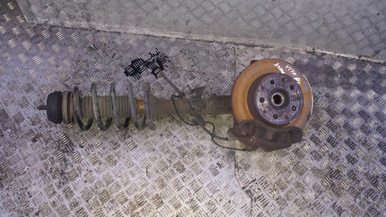 Stupica P.K. NENUSTATYTA  Mercedes-Benz VITO 2005 2.2
