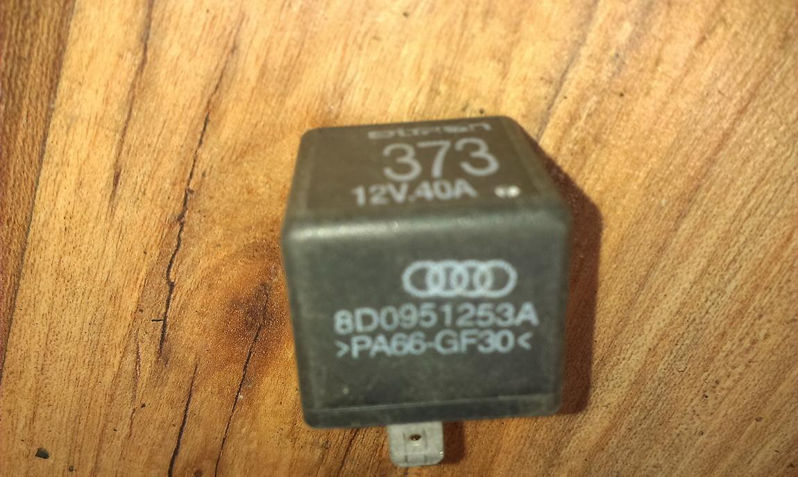Rele 8d0951253a 373 Audi A4 1995 1.6