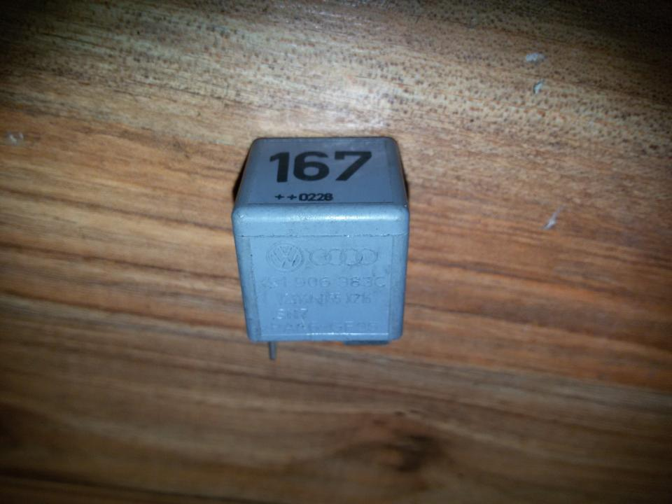 Rele 191906383C   V23134 B55 X216,PA66 GF25,167 Volkswagen GOLF 2004 1.6