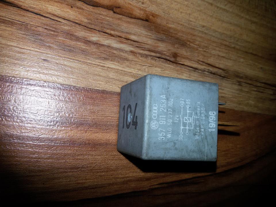 Reles 357911253A 104,WL050237002 Volkswagen GOLF 1992 1.4