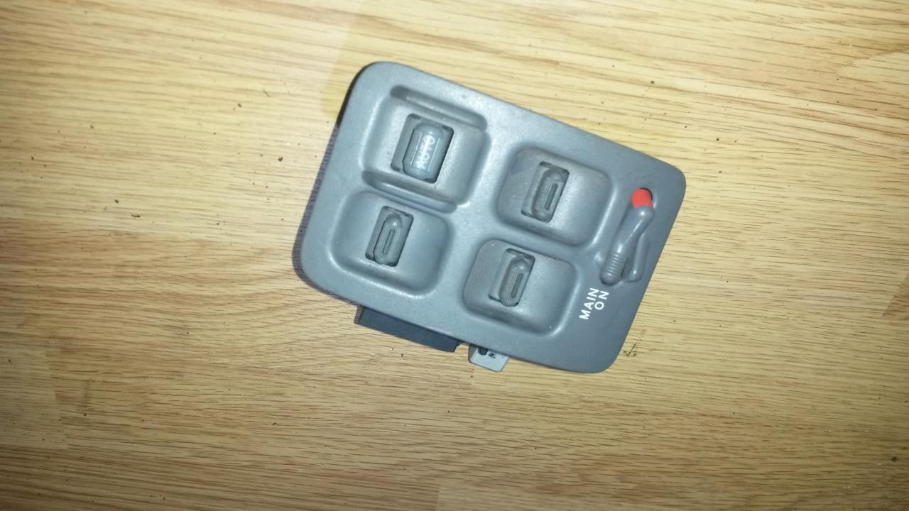 Stiklo valdymo mygtukas (lango pakeliko mygtukai) NENUSTATYTA  Honda CR-V 2004 2.0