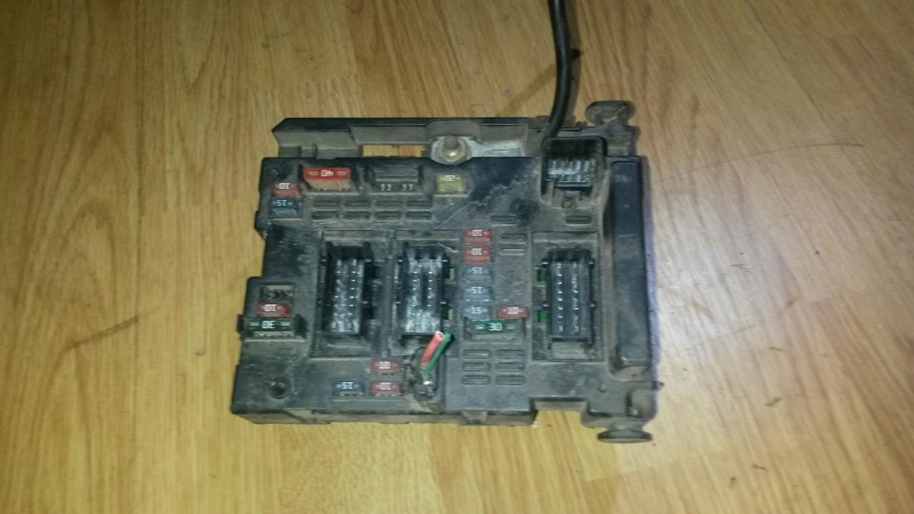 9643538080 bsm b3 Fuse box Peugeot 307 2001 2.0L 43EUR EIS00039187