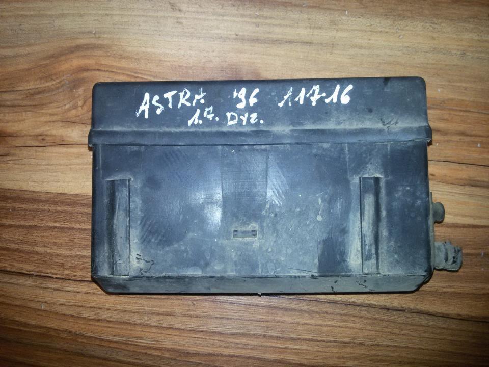 Saugikliu deze 90387999 0831312 Opel ASTRA 1994 1.7