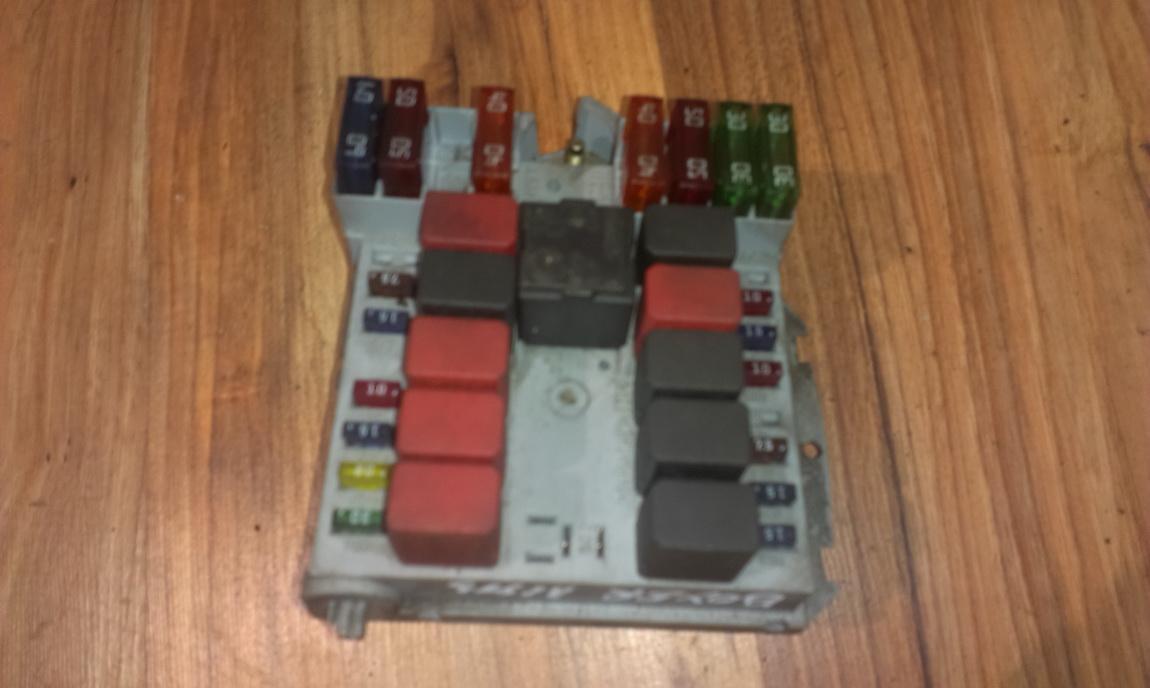 1332043080 Fuse box Peugeot Boxer 2002 2.0L 29EUR EIS00040934