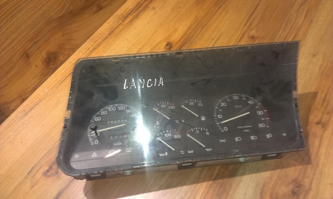 Spidometras - prietaisu skydelis 6033250030  Lancia THEMA 1993 2.0