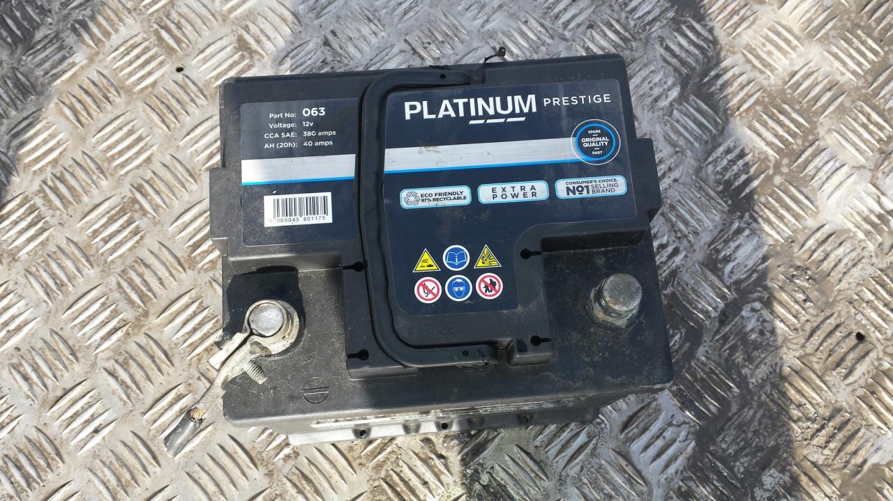 Baterija - Akumuliatorius platinum prestige 380A, 40Ah Peugeot 206 1998 1.4
