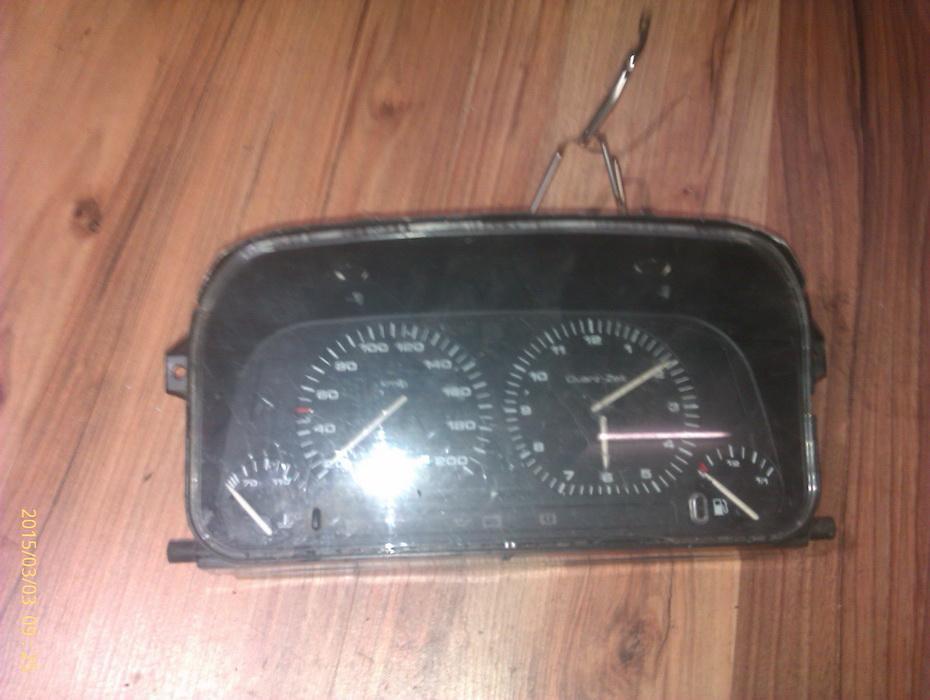 Spidometras - prietaisu skydelis 87001262  Volkswagen GOLF 2010 1.6