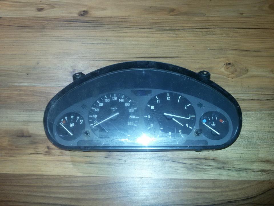 Spidometras - prietaisu skydelis 1387413 110008463 BMW 3-SERIES 2000 2.0