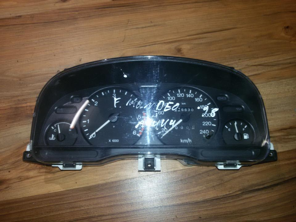 Spidometras - prietaisu skydelis 98bb10849etb  Ford MONDEO 2002 2.0