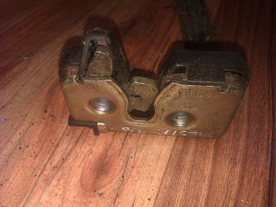 Door Lock Mechanism - front left side 2s61a43102be  Ford FIESTA 1996 1.2