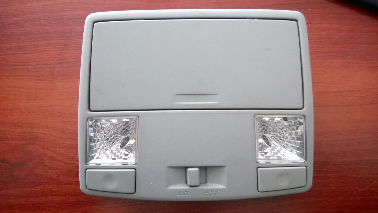 Плафон салонный передний GK2A69970 GK2E69970 Mazda RX-8 2007 2.6