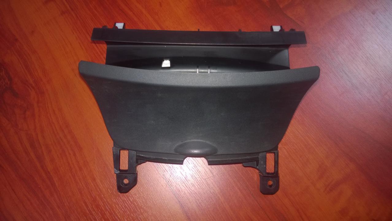 Center Console Ashtray (Ash Tray) f15164626 f151264633, F151 64 626 Mazda RX-8 2007 2.6