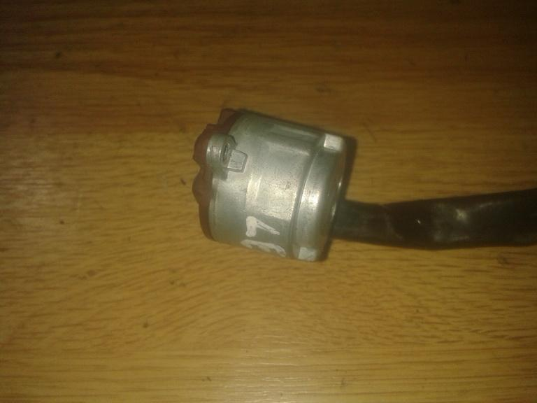 Uzvedimo spynos kontaktine grupe NENUSTATYTA  Subaru LEGACY 1996 2.5