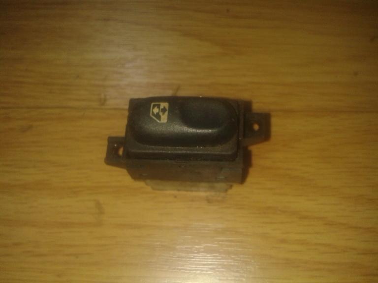 047 Stiklo valdymo mygtukas (lango pakeliko mygtukai) Renault Espace 1999 2.2L 6EUR EIS00048930