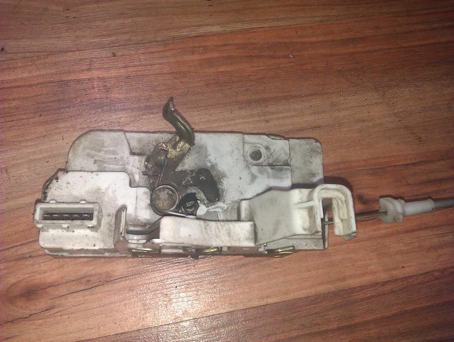 Door Lock Mechanism - rear left side NENUSTATYTA  Peugeot 307 2003 2.0