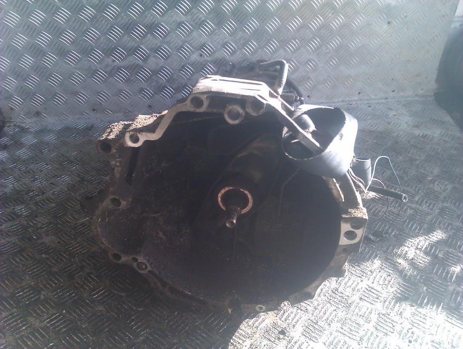 коробка переключения передач AKM  Audi 80 1988 1.6