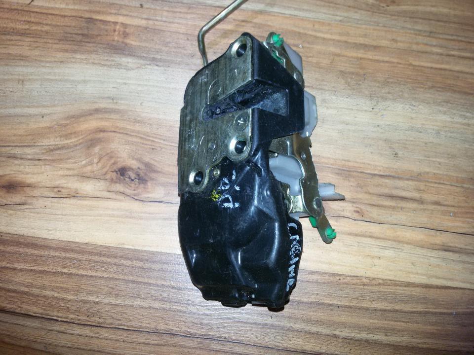 Door Lock Mechanism - front left side NENUSTATYTA  Toyota CARINA 1994 1.6