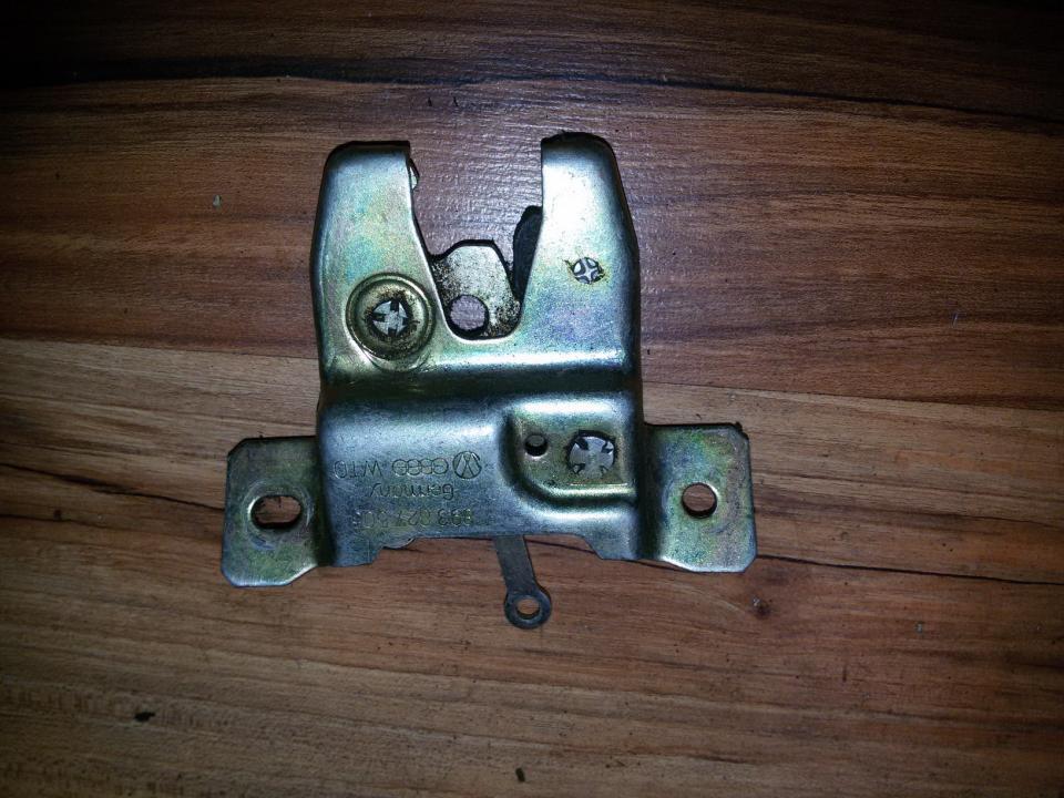 Rear Trunk Lid Lock Latch 893827505  Audi 80 1992 2.0