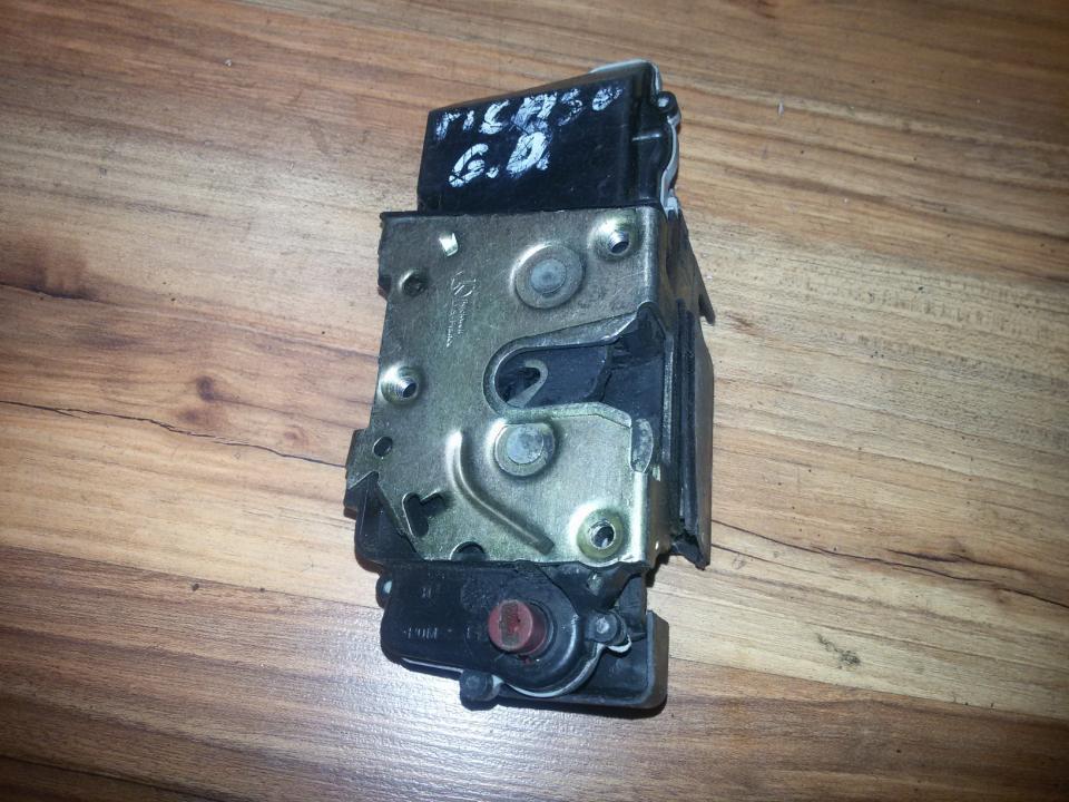 Door Lock Mechanism - rear left side NENUSTATYTA  Citroen XSARA PICASSO 2003 1.8