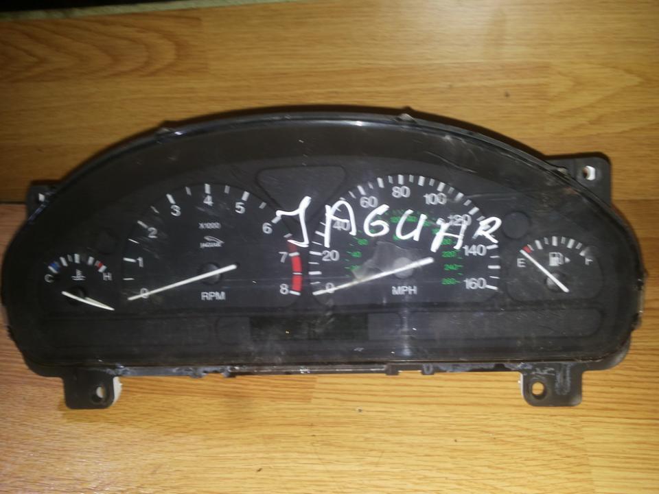 Spidometras - prietaisu skydelis NENUSTATYTA  Jaguar S-TYPE 1999 3.0