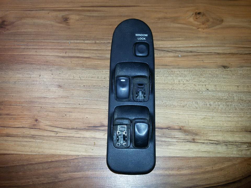 Stiklo valdymo mygtukas (lango pakeliko mygtukai) mr740599  Mitsubishi CARISMA 2000 1.9