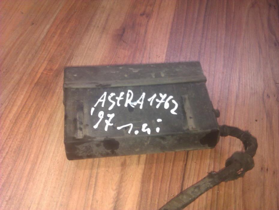 Saugikliu deze 90450130  Opel ASTRA 1999 1.7