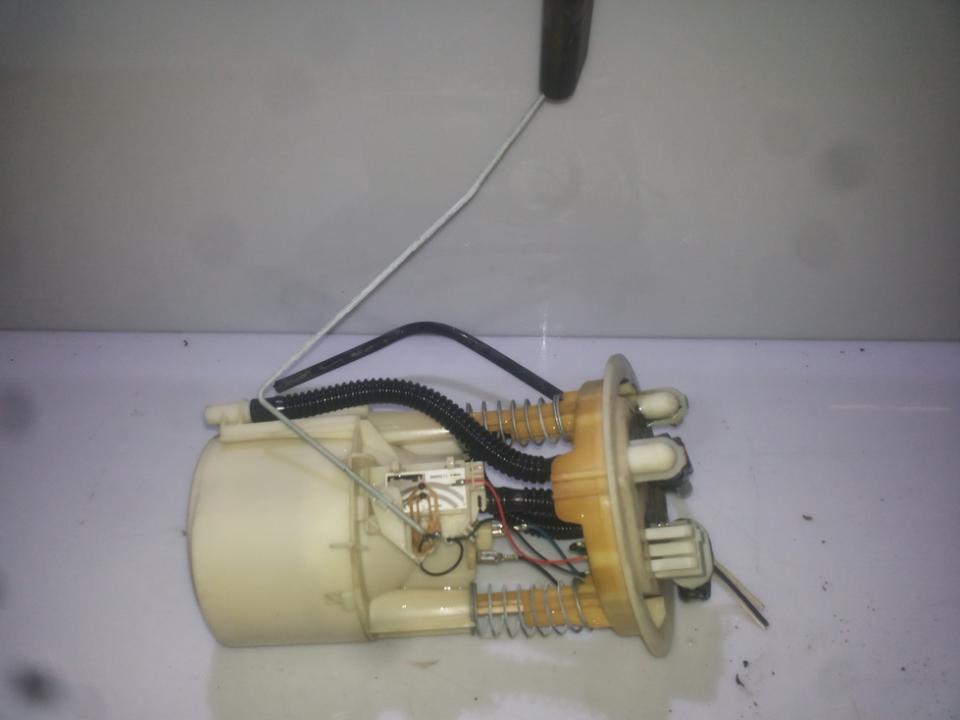 Топливный насос в баке 7700422037  Renault SCENIC 2004 1.5
