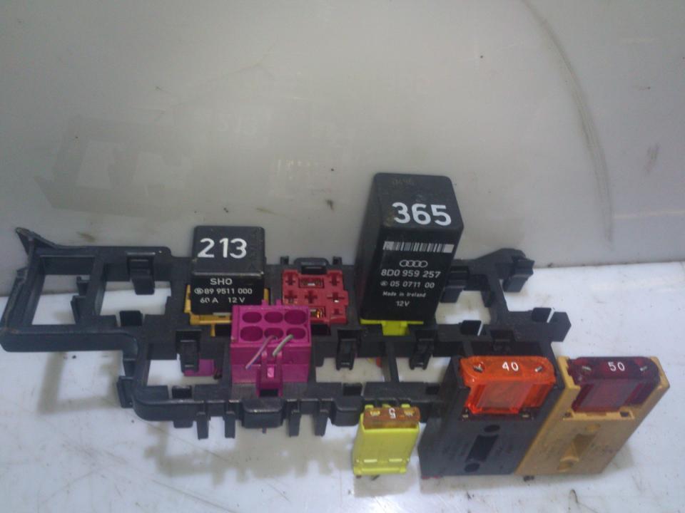 8d1937545 fuse box audi a4 1996 1 6l 10eur eis00057633 used 8d1937545 fuse box audi a4 1996 1 6l 10eur eis00057633