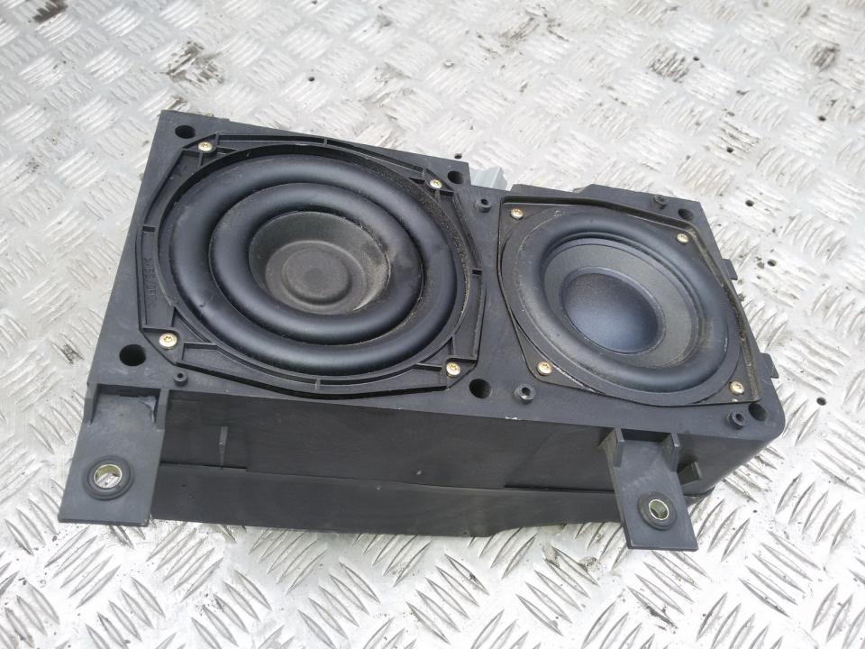 Loudspeaker Volvo V40 2004    1.9 30630167