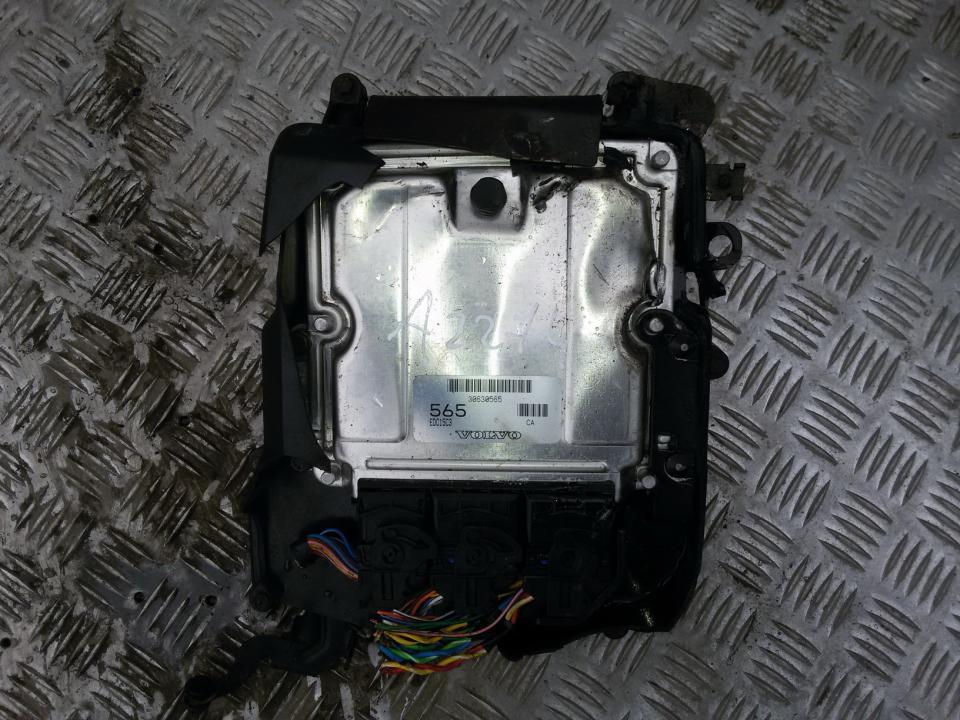 30630565 Variklio kompiuteris Volvo V40 2004 1.9L 40EUR EIS00058487