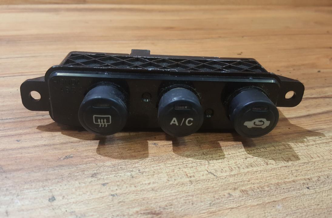 Stiklo sildymo mygtukas NENUSTATYTA 0033 NH-167L 3333K Honda CIVIC 1996 1.4