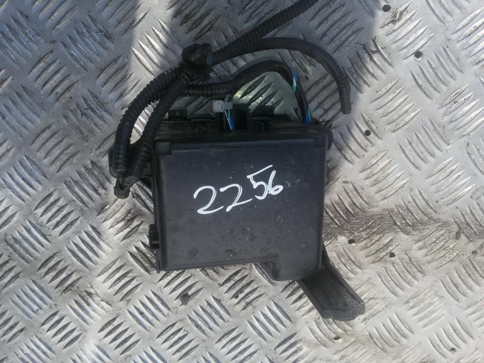 fuse box toyota aygo 2013 1 0l 36eur eis00059155