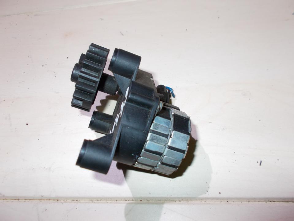 кронштейн моторчика заслонки отопителя 95nw19e616ac  Ford GALAXY 2001 2.3
