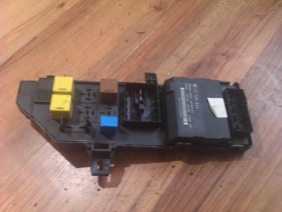 Блок предохранителей 460023260  Opel VECTRA 2006 1.9