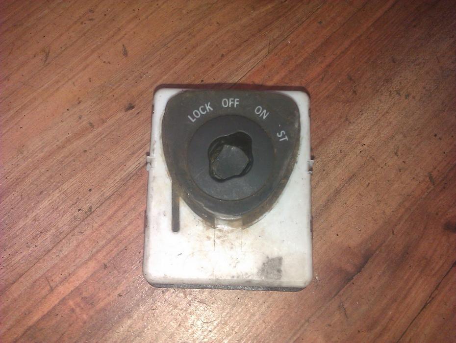 Uzvedimo spyna 11173900  SAAB 9-5 1998 2.0