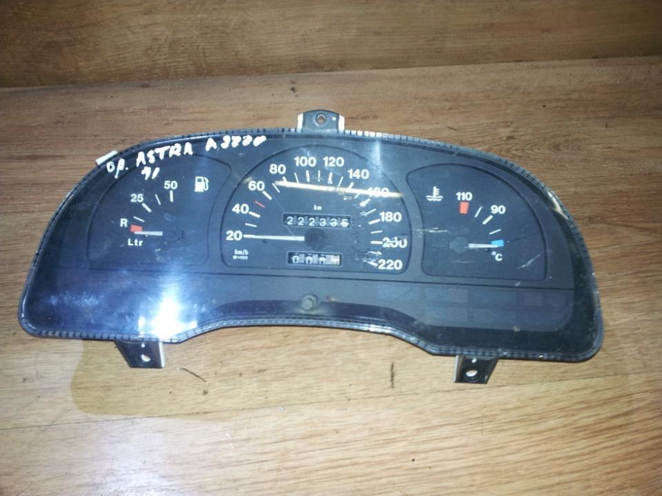 Spidometras - prietaisu skydelis 90359718hc  Opel ASTRA 1994 1.7