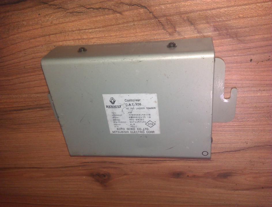 Variklio kompiuteris 7700844158a 7700844158--a, 991-04303, 01t12571m1 Renault TWINGO 1996 1.2