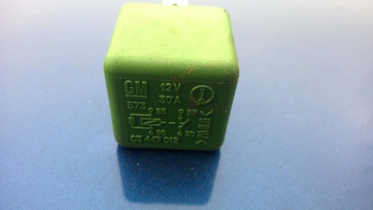 03447012 03 447 012, GM, 12V, 30A, 573 Relay module Opel Omega 1996 ...