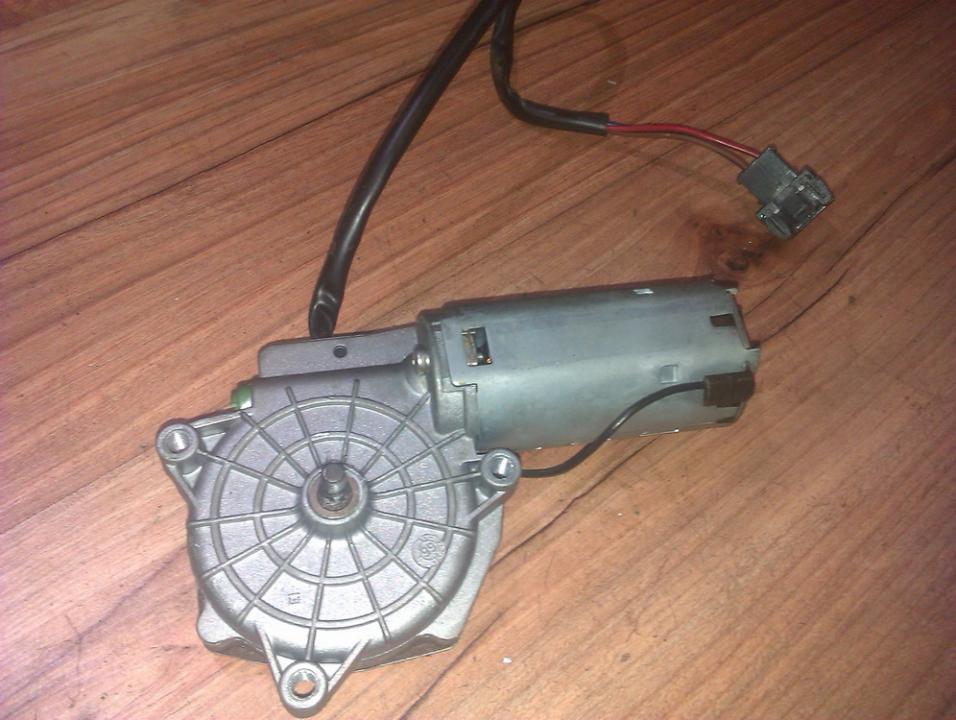 Задняя электродвигатель стеклоочистителя a6388200442  Mercedes-Benz VITO 2005 2.2
