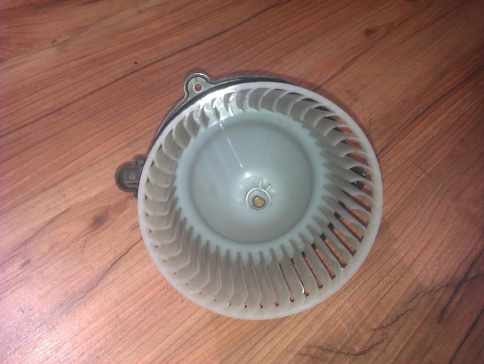 Salono ventiliatorius 2m09 nenustatyta Kia SEDONA 2004 2.9