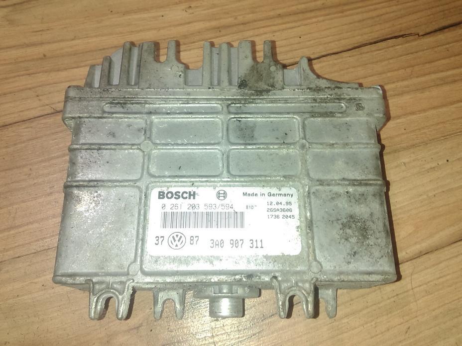 Variklio kompiuteris 0261203593 3a0907311 Volkswagen GOLF 2004 1.4
